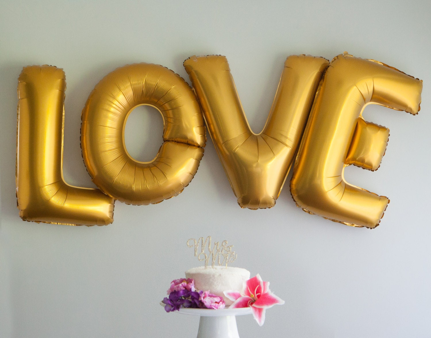 Love letter balloons 40 inch extra large gold foil balloons for Large foil letter balloons