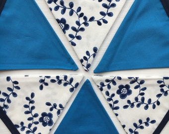 Vintage style navy blue and white floral bunting | China | Tea Party | 12 flags | wedding | baby | nursery | kids room | country cottage