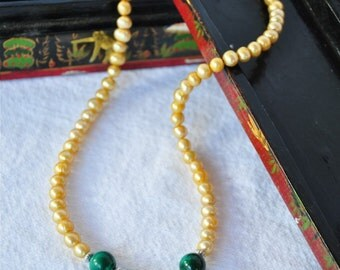 Orient Express - Antiqued pearls with malachite and emeralds