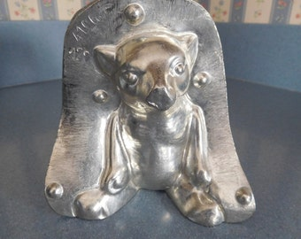 Sitting Honey Bear by Laurosch #4106/128 Vintage Metal Candy Mold