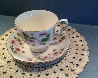 Rare Vintage Queen Anne with Pink Flowers from the 1980's #8654