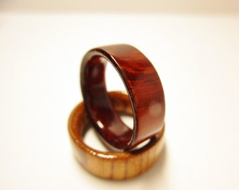 Padoauk wood ring.Shine finish.