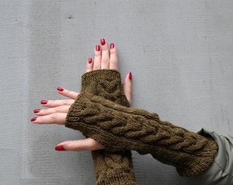 SALE!Gloves, women gloves, wool gloves,wool armwarmers, armwarmers,fingerless gloves, olive, winter, handmade, wool, women, urban, different