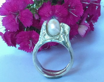 Silver ring with Pearl handmade unique