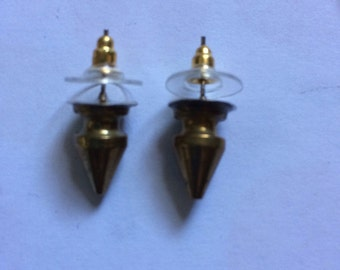 Gold punky stud earrings