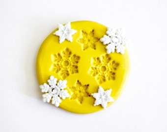 Set of 4 Snowflakes Silicone Mold