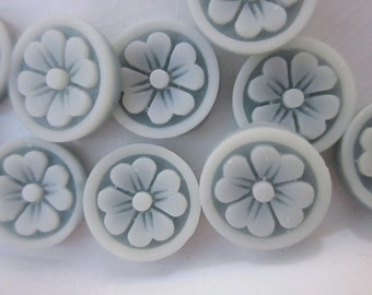 12 Vintage Cabochons, Blue and White Resin Flowers, 11mm