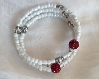 "Memory Wire Boho Beaded Bracelet - ""Snow White"""