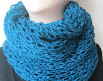 Long Turquoise Knit Cowl/Infinity Knit Cowl/Turquoise Infinity Cowl/Knit Scarf/Turquoise Scarf/Turquoise Cowl/Blue Knit Cowl/Blue Knit Scarf