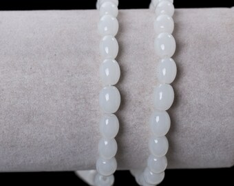 1 Strand Oval White Glass Beads 8mm (B117a)