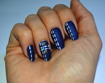 Denim textured false nails