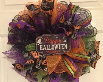 "Halloween Deco Mesh Wreath with ""Happy Halloween"" Sign in Multicolor."