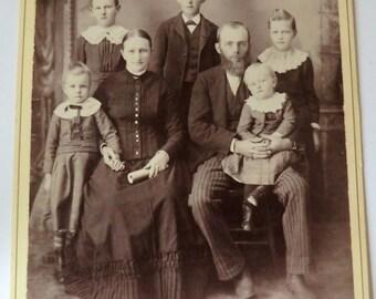 Victorian Family Cabinet Card Photo Five Children Parents Portrait