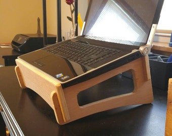 Collapsible laptop stand