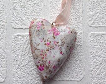Pretty flower patterned hanging heart, pale pastel heart, pretty patterned hanging heart, vintage  inspired heart, pale pink flowery heart