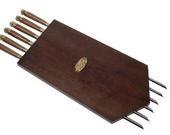Panels with skewers with wooden handles