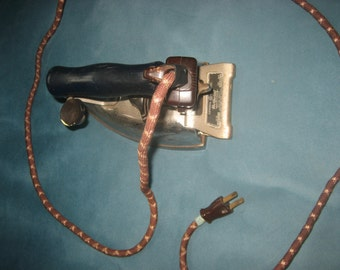 Oldtime 1940s/50s GE Hotpoint Calrod Value-Matic Working Iron
