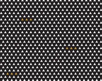 Triangle Black and White Quilting Cotton by the Yard - SC4874 Four Corners Riley Blake Design - Woven Textile Sparkle Cotton - Gold Sparkle