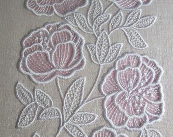 MACHINE EMBROIDERY DESIGN - Flowers Applique Cutwork