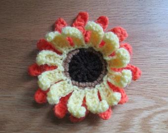 Sunflower Brooch - Crochet