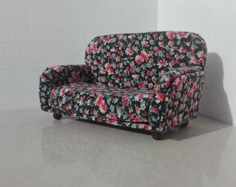 "sofa ""Retrò"" for dolls house"