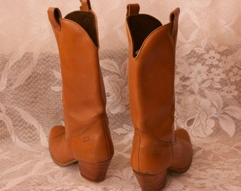Vintage Cowgirl Brown Leather Boots Size 8