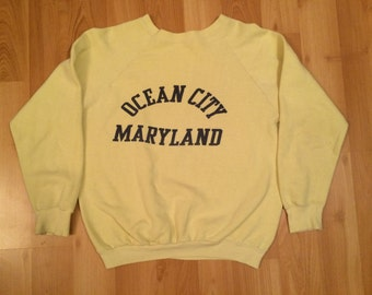 Medium 70's 80's vintage Ocean City Maryland grewneck sweatshirt yellow navy blue 1970's 1980's MD boardwalk Jolly Rogers