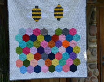 Baby Quilt / Bee's and honey comb