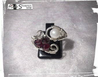 925 Silver ring with garnets and Freshwater Pearl