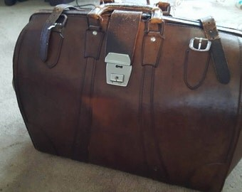 lovely old large leather briefcase 57cm wide 35cm hight