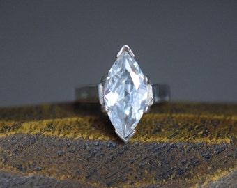 Marquise Cut Faux Diamond Silver 925 Solitaire Vintage Ring, US Size 6.0, Used