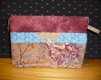 Medium project bag, FREE SHIPPING!!!  Cosmetic Bag, Kindle or e reader bag, Knitting bag