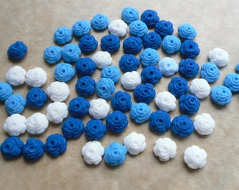 100 Edible fondant sugar Tiny Roses - Blue and white mix - Cupcake / Cake Toppers