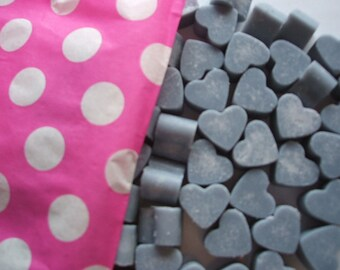 Handmade Mini Heart Shaped Soy wax melts Black Cherry Bomb scent x 50