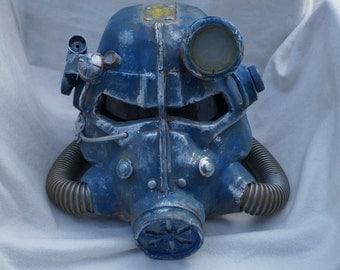 Fallout helmet replica prop - Vault Tec finish