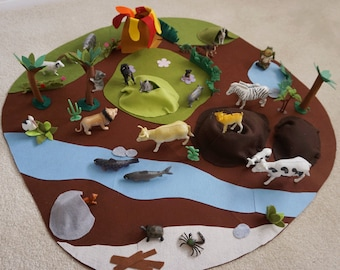 3D Felt Safari Large Playmat//A Roll-up Safari Animal Themed Playmat//Quiet Play Mat// Personalized-Boy or Girl Gift//Fold Up Play Mat