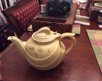 1950's Halls Yellow leaves and acorns  6 cup tea pot