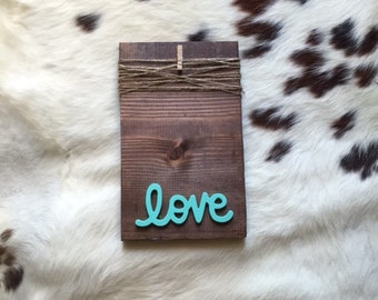Wooden frame with LOVE (in mint)