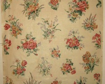Lovely Vintage 1920's-30's English or French Floral Cotton Chintz Fabric (8903)