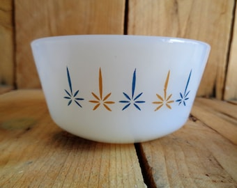 Fire King Bowls Set of 3 Milk Glass