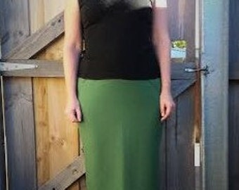 Green skirt merino nylon blend