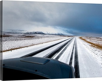ICELAND: SNOWY ROAD