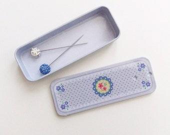 Hijab Pin Tin | 2 Crystal Hijab Pins | Pin Storage | Hijab Accessories