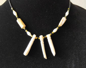 African necklace, African Jewelry, Ethnic Jewelry, African bone necklace, African batik necklace, Tribal necklace, Vintage necklace