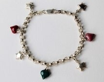 Vintage 925 Sterling Silver belcher link charm bracelet. Sterling silver hearts and stars charm bracelet. Enamelled hearts, puff star charm.