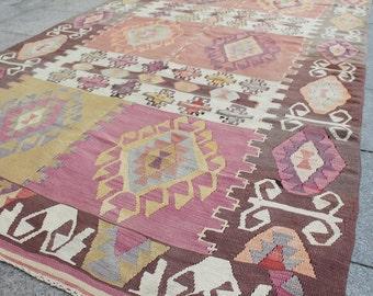 Pastel vintage turkish kilim rug - 8 x 5 ft