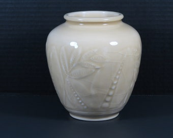 Rookwood Pottery ca. 1945 Bulbous Tan Vase #6218