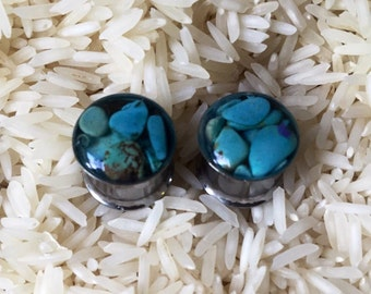 Turquoise chip plugs