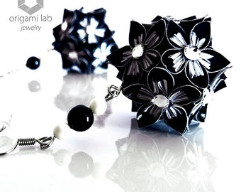 Jewelry - Paper earrings - Made with CRYSTALLIZED™ - SWAROVSKI Elements