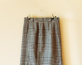 SALE 80's Houndstooth Skirt